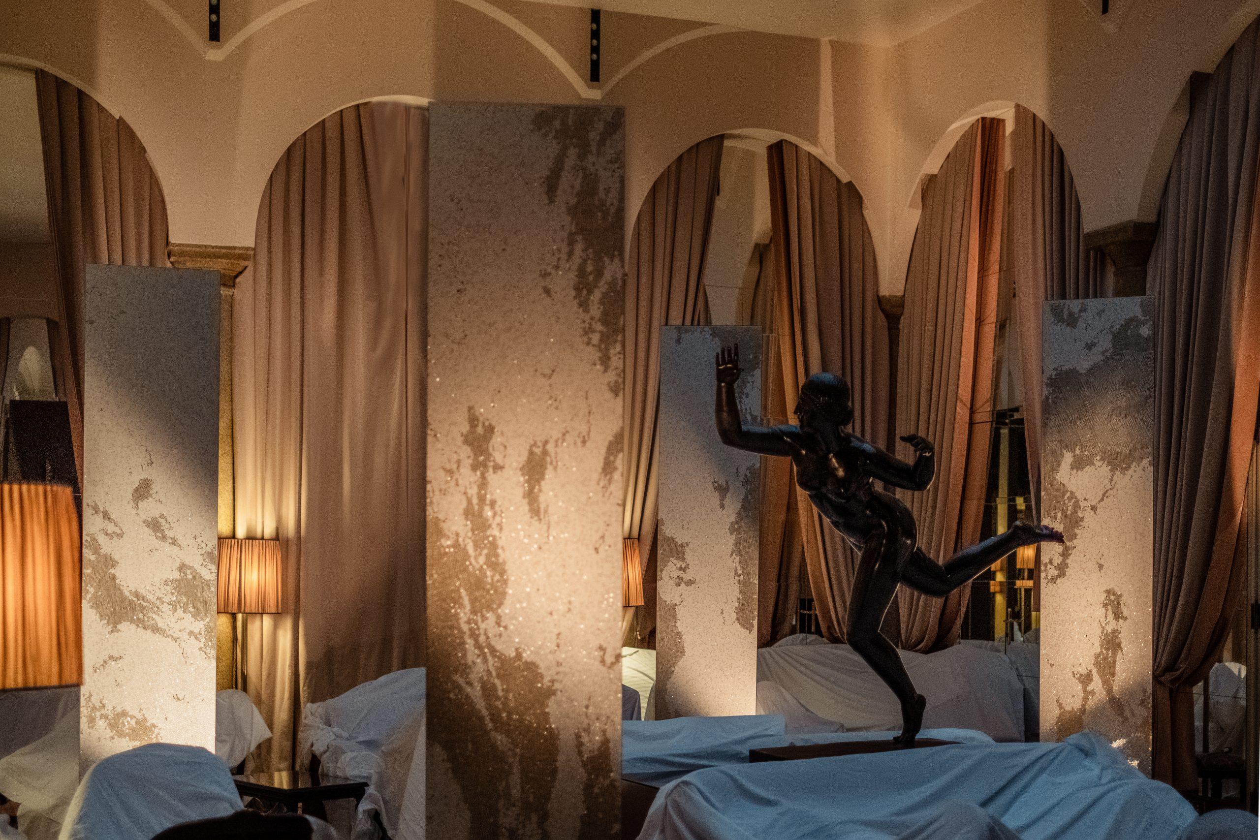 All'interno del Grand Hotel et de Milan prende vita Algoritmo: l'installazione firmata Mutaforma
